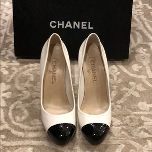 Chanel Black & White Heels Size 7